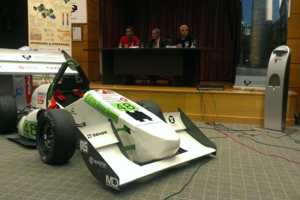 La Universidad de Ingeniería de Bilbao competirá en Silverstone con un coche eléctrico
