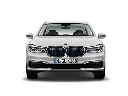 Foto BMW 740e