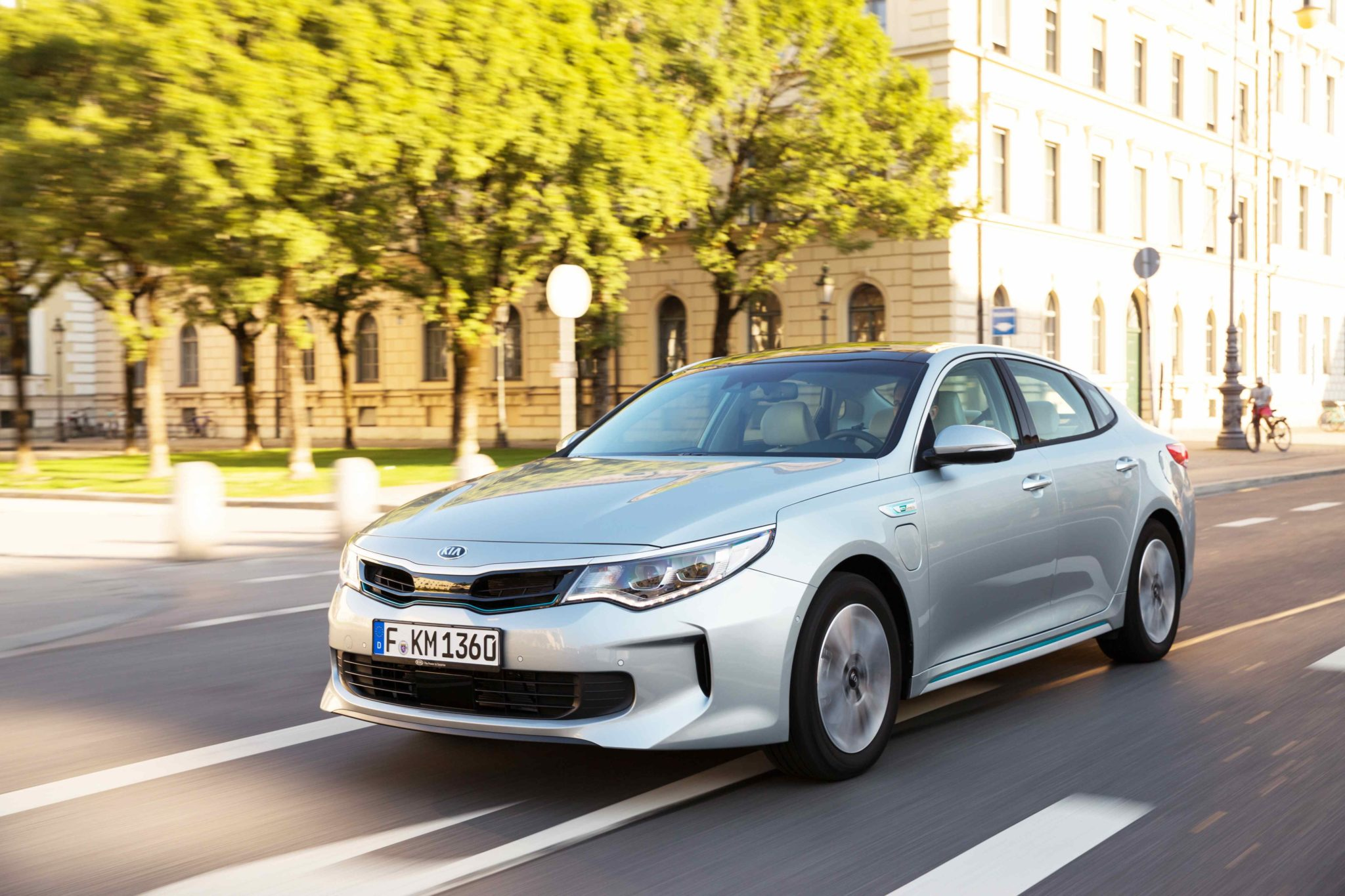 Foto KIA Optima Plug-in Hybrid