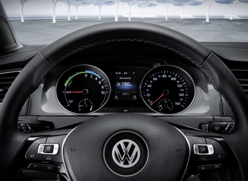 Foto Volkswagen e-Golf 115 5p Aut.