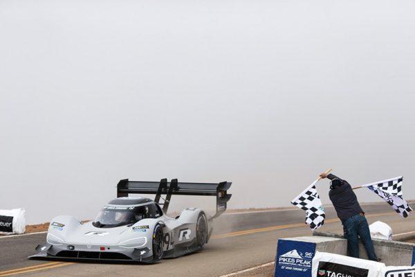 Volkswagen I.D. R Pikes Peak, el más rápido de la historia en Pikes Peak