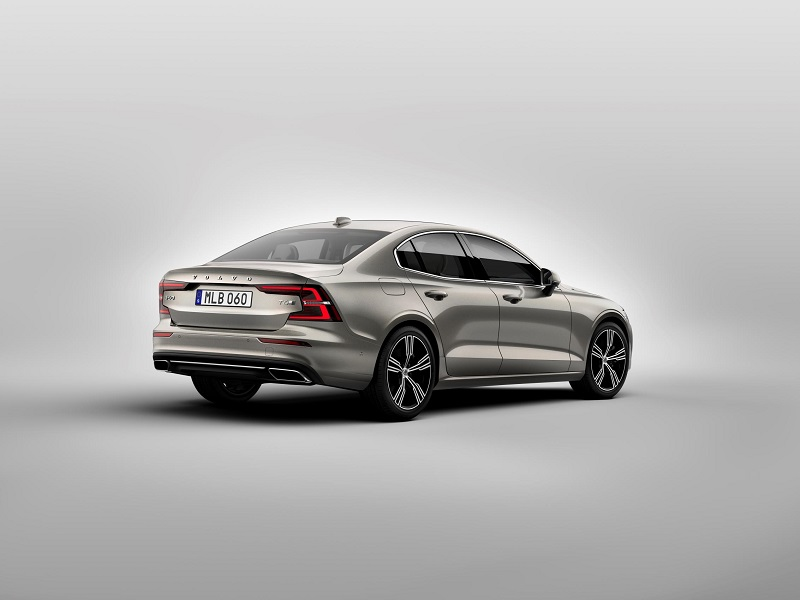 Foto Volvo S60 T8 Twin Engine AWD