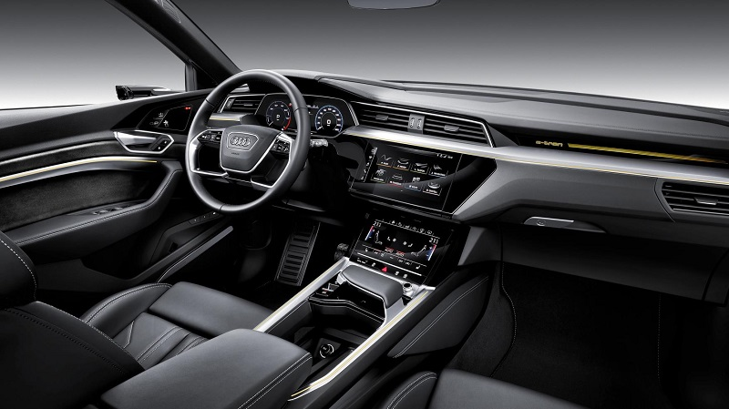 Foto Audi e-tron 50 quattro