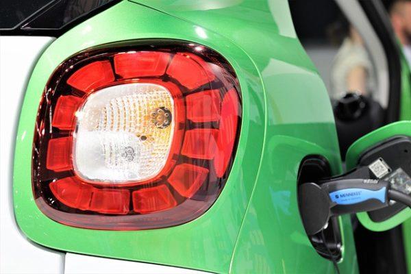 Las ventas de vehículos eléctricos se mantienen en el mes de agosto