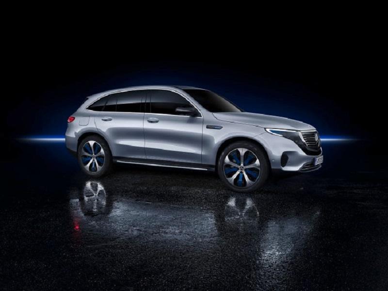 Foto Mercedes-Benz EQC 400