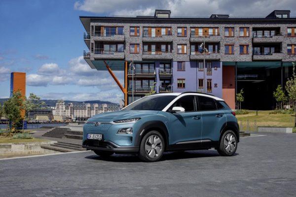 Hyundai instalará puntos de recarga gratis a sus clientes