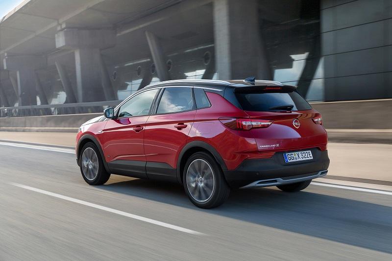 Foto Opel Grandland X Hybrid4