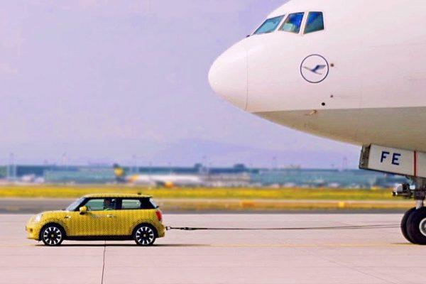 Mini Cooper SE EV: potencia como para mover aviones