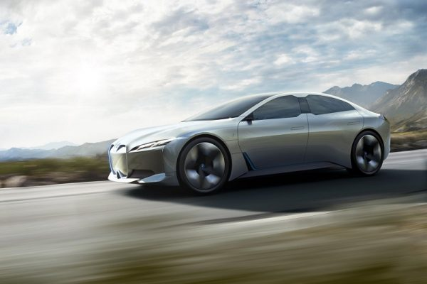 El BMW i4 tendrá hasta 600 km de autonomía