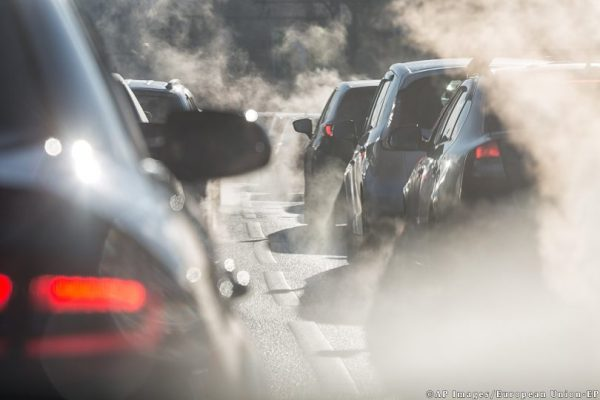 Menos emisiones de CO2 para los fabricantes de automóviles en el 2020