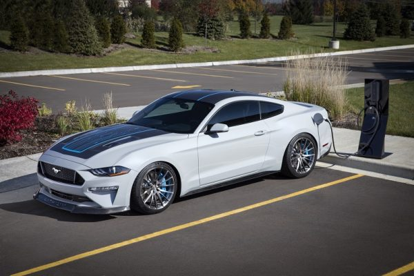 Ford Mustang Lithium, el Muscle Car se pasa a lo eléctrico