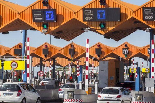 Los vehículos eléctricos tendrán descuento en los peajes catalanes