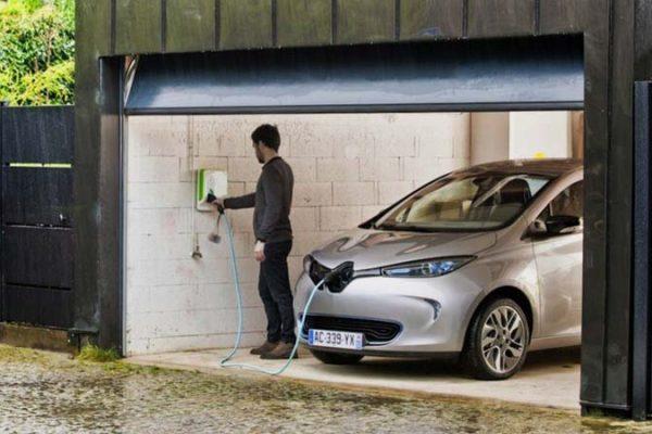 Cómo instalar en tu parking un punto de recarga para tu vehículo eléctrico
