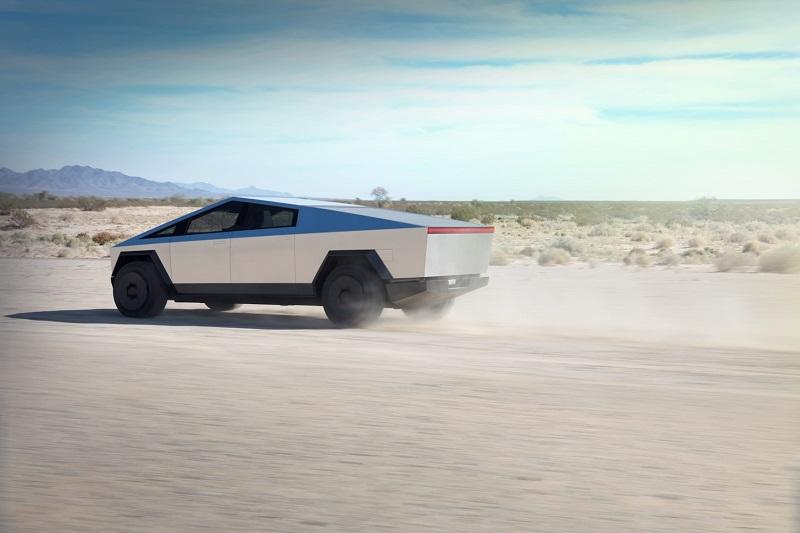 Foto Tesla Cybertruck Tri Motor