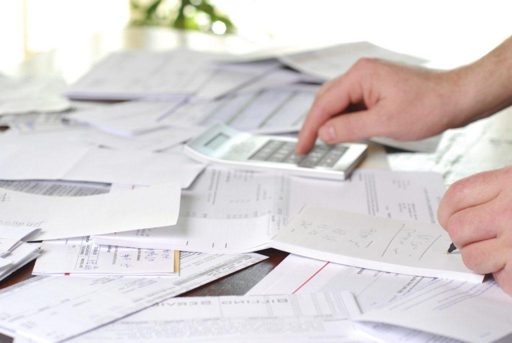 calcular impuestos renting de coches para autónomos