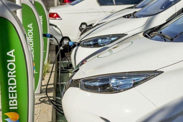 Hacia un 2020 con más puntos de recarga para vehículos eléctricos