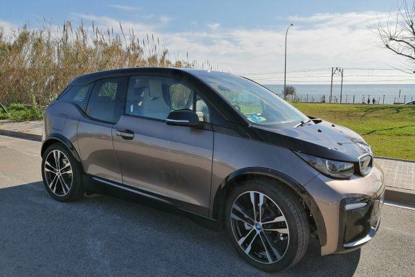 Prueba BMW i3: la conducción eléctrica más fácil y segura