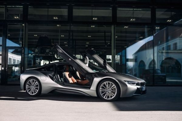 bmw-i8-from-visi