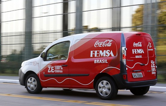 Kangoo Z.E. Coca-Cola / Curitiba, 06/08/2015 / Foto: Rodolfo Buhrer / La Imagem