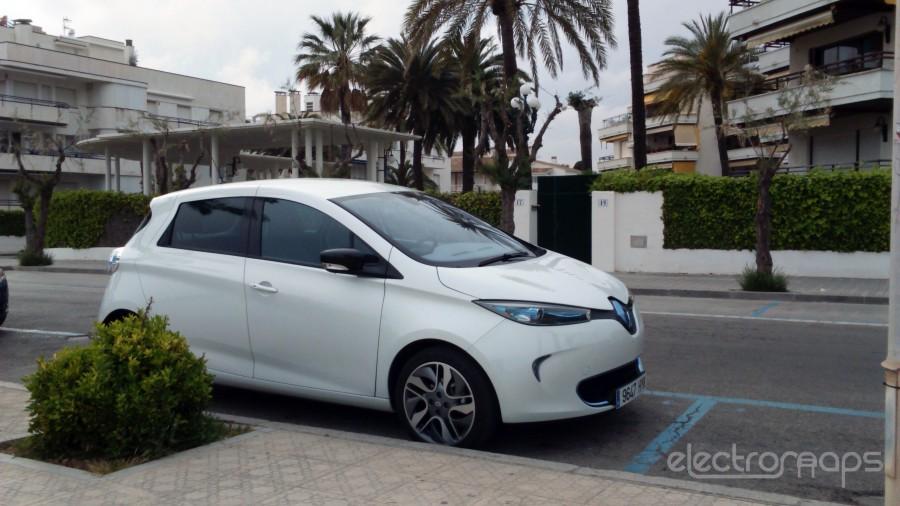 Renault_ZOE4