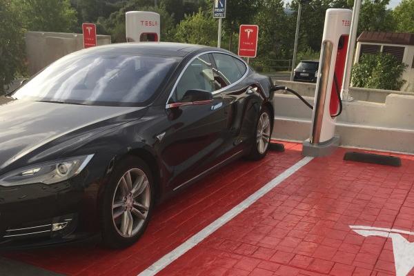 Entrevista a David G. propietario de una flamante Tesla Model S