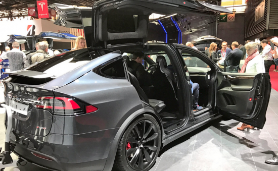 Tesla-paris-motor-show