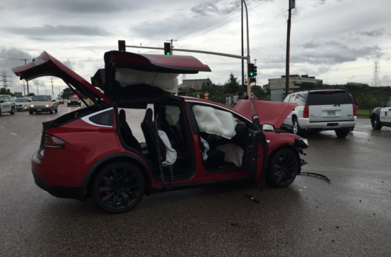 accidente-tesla-modelX