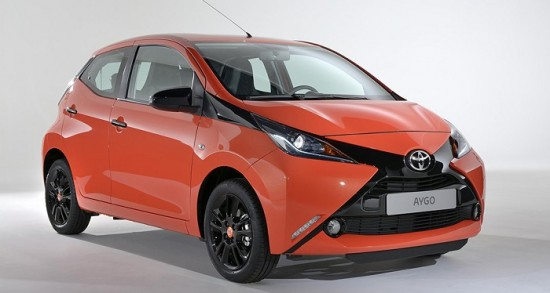 coche-electrico-toyota