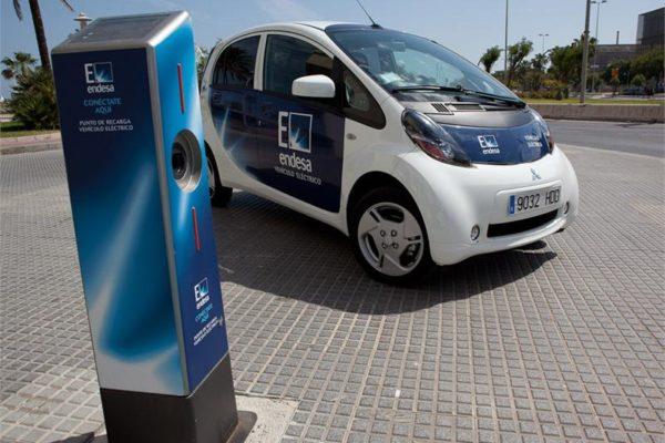 El Ayuntamiento de Málaga incorporará una flota de 20 vehículos eléctricos