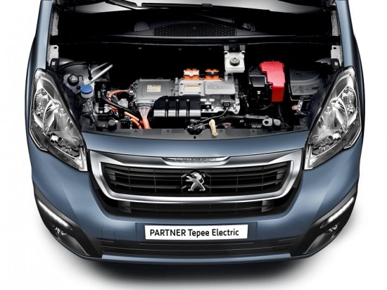 peugeot-partner-tapee-electric-2