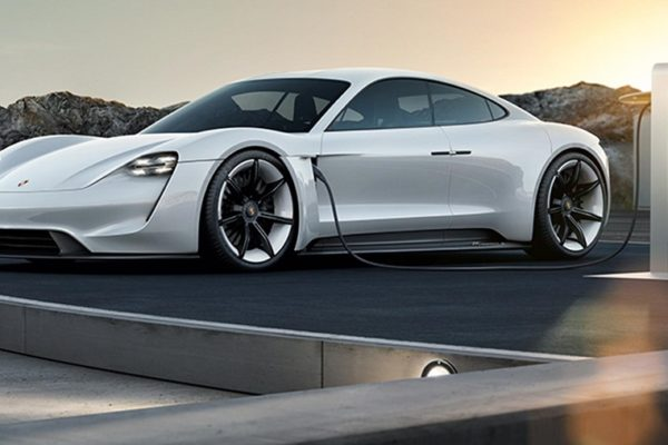 Porsche se toma en serio su futuro modelo eléctrico