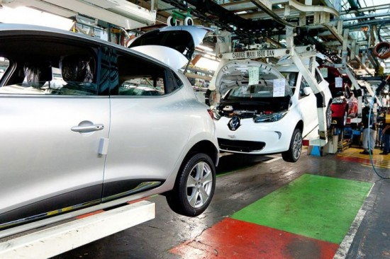 renault-zoe-assembly-line-working-since-sept-2012-750x500