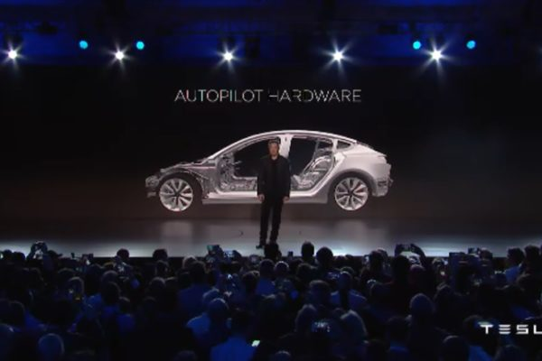 Tesla Model III: Creado para cambiar la historia