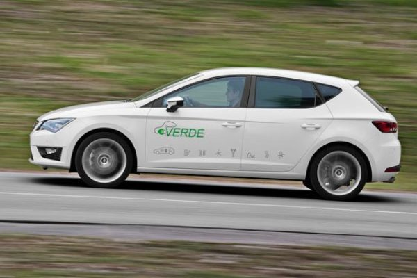 Seat presenta el León Verde Plug-in, su primer prototipo de hibrido enchufable