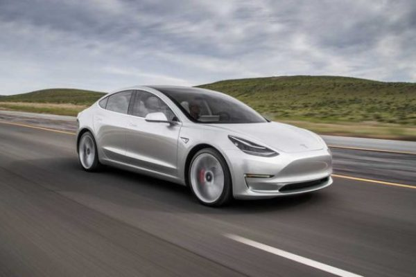 Tesla Model 3 Long Range Rear-Wheel Drive: fin a su producción