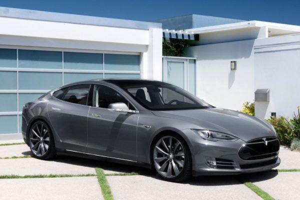 Nueva bajada de precio para el Tesla Model S en Europa